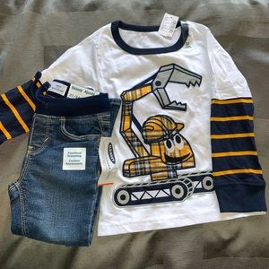 *2 for $25* Long sleeve top and jeans - 3T